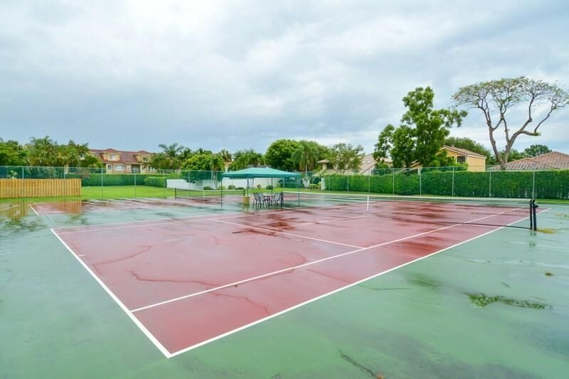windy-creek-tennis-rainy